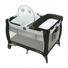 Graco - Pack 'n Play Care Suite Playard - Zagg