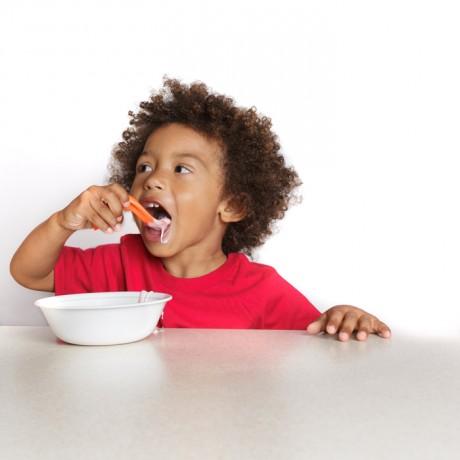 Kizingo - Right-Handed Toddler Spoon